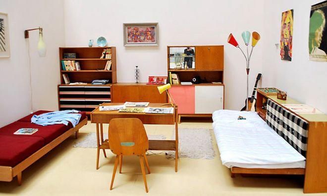 socialistický nábytek