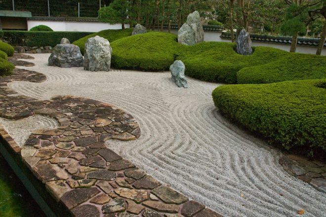 zenova-zahrada-cesticka