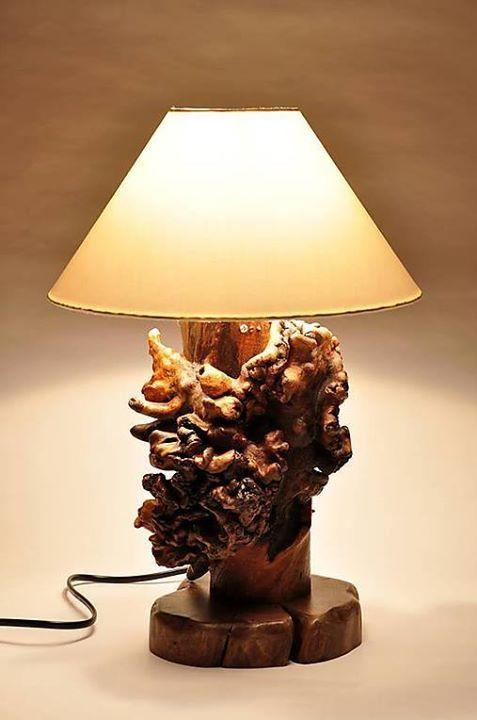 lampa ze dřeva