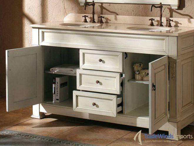 Dřevěný nábytek do koupelny