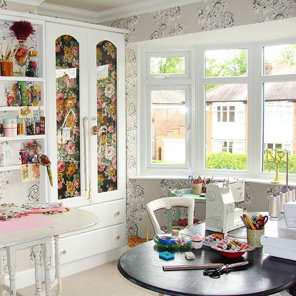 Kvetinová domáca pracovňa