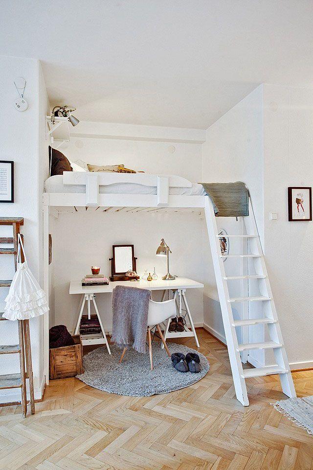 Domácí pracovna v malém bytě