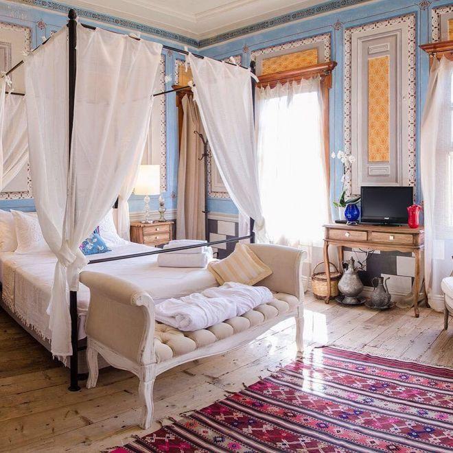 dovolená postel manželská