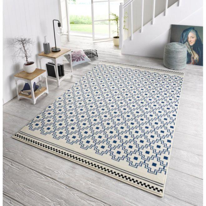 vzorovaný koberec bytové doplňky