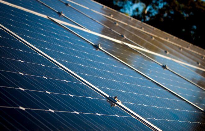 solarni panely rust cen elektriny