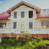 Rekonstrukce starého domu nebo stavba nového na klíč?